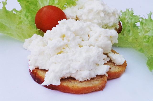 chlebíček s tvarohem.jpg