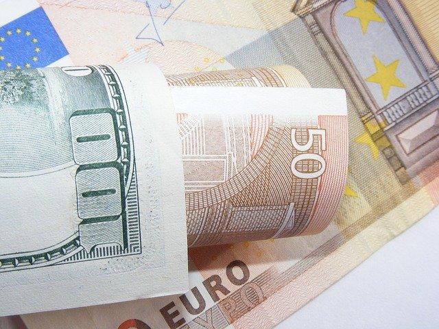 stopadesát eur