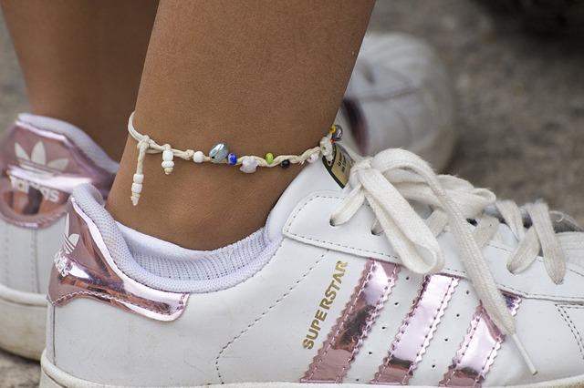 náramek na noze